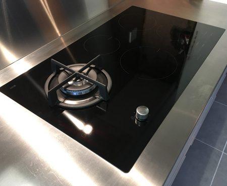 Stainless Steel Kitchen Worktop & Hob